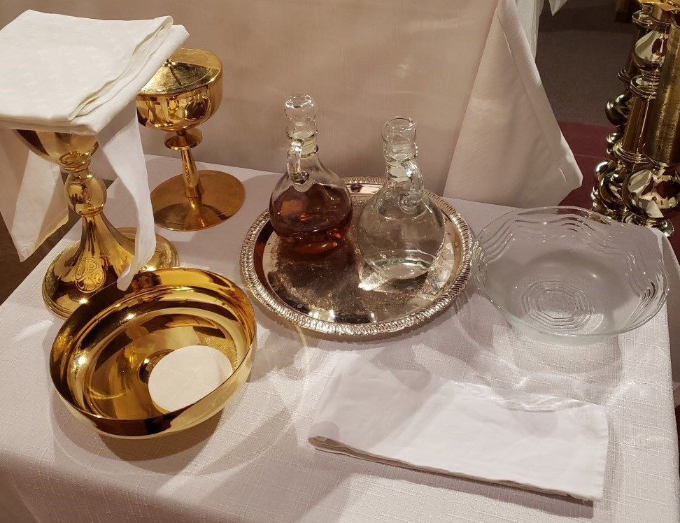 Mass items on credence table.